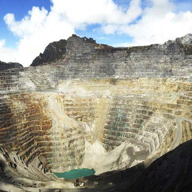 Rio Tinto negocia venta de su participación en mina Grasberg por US$3,500 millones