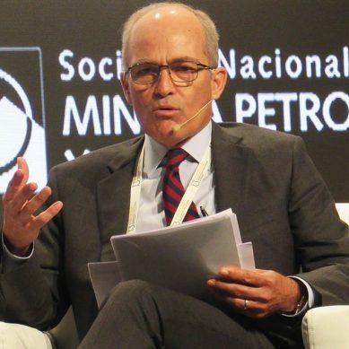 Roque Benavides: Lo lógico en proyecto Tía María es construir un reservorio antes que una planta desalinizadora