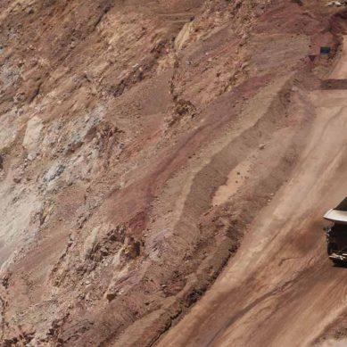 """Minera Escondida afirma que bono solicitado por sindicato es """"exagerado"""""""