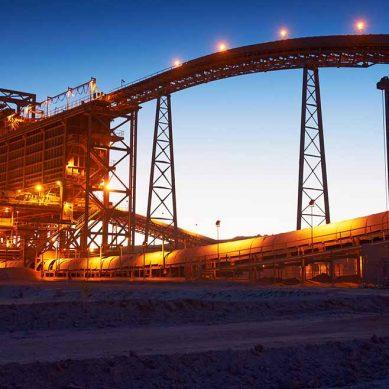 Mitsui y Cobra construirán planta desalinizadora para operación de BHP Billiton en Chile