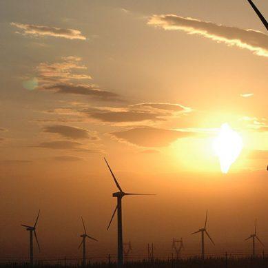 Baterías, energía solar y eólica atraerán US$10 billones hasta 2050