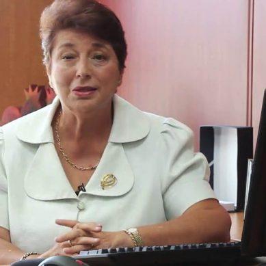 Beatriz Merino: Pasos que deben dar las empresas extractivas para elevar participación de la mujer