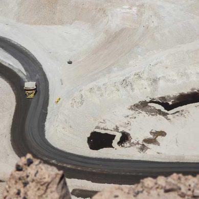 Chumbivilcas: Ejecutivo avanza en asfaltado de corredores en importante zona minera