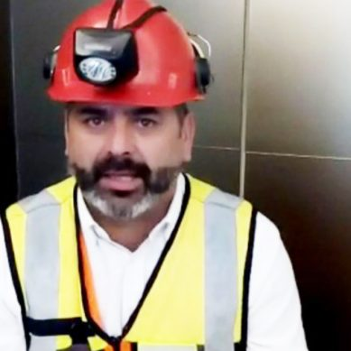 Minero chileno rescatado en el 2010 manda mensaje de aliento a menores tailandeses atrapados en cueva inundada