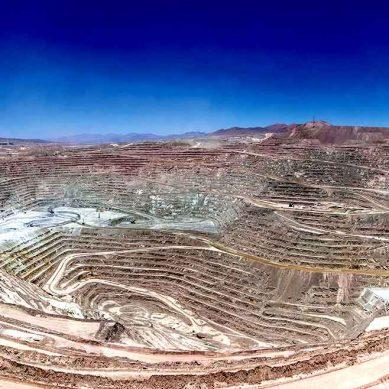 Minera Escondida: La negociación colectiva minera del siglo, en su Día D