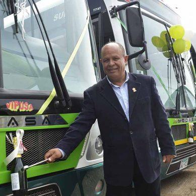 Motored realiza su más importante entrega de buses urbanos en el país