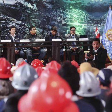 Casi 900 pequeños mineros de Puno consiguen permisos para realizar actividades extractivas