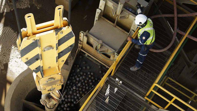 En el Perú, más de 1,500 trabajadores sufren accidentes mortales al año