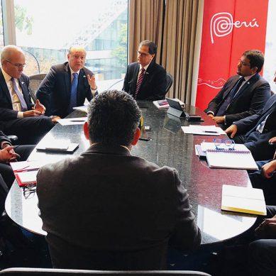 Ministro Ísmodes viaja a Canadá para buscar interesados en proyectos mineros Colca y Jalaoca
