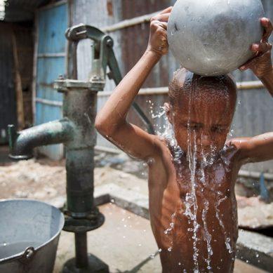 BID: Dinero público malgastado en Latinoamérica bastaría para erradicar la pobreza extrema