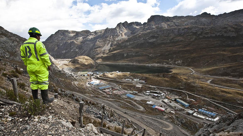 """Contratistas de mina Uchucchacua de Buenaventura califican las condiciones de trabajo de """"inapropiadas"""""""