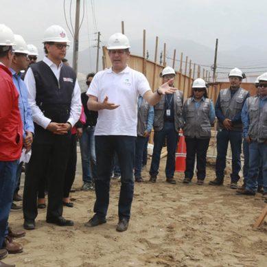 Cálidda coloca oficialmente primera piedra de estación de regulación de presión en distrito Mi Perú