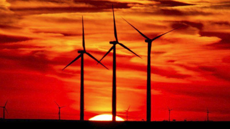 Perú suscribe pacto para alcanzar la autosuficiencia energética, de la mano de Olade