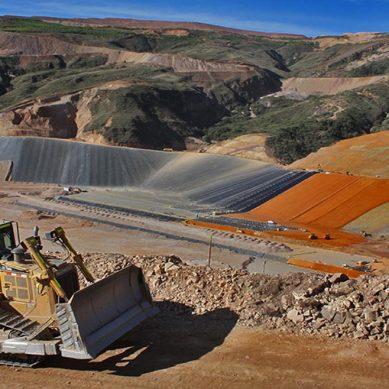 Stracon adquiere contratista canadiense en minería subterránea Dumas Holdings