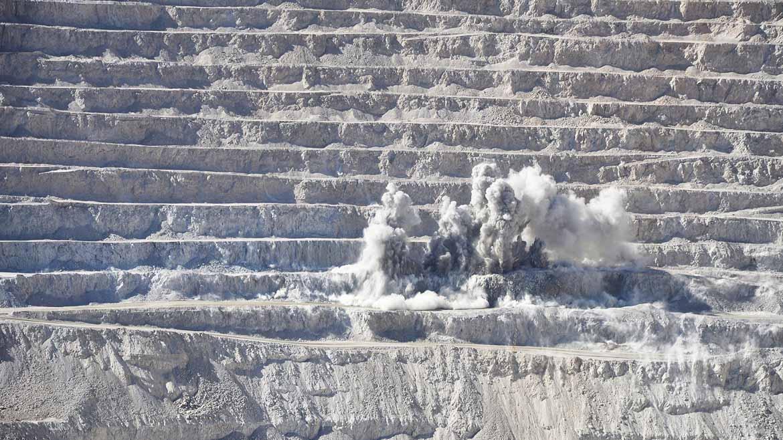 Agua desalinizada, fajas humedecedoras e inmensos domos para controlar el polvo en Tía María