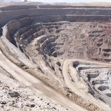 Licencia para operar, el mayor riesgo de las compañías mineras, según EY