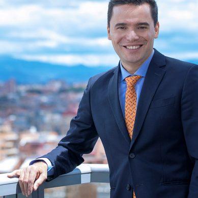 Schneider Electric nombra presidente para la región andina a gerente premiado por impulsar la igualdad de género