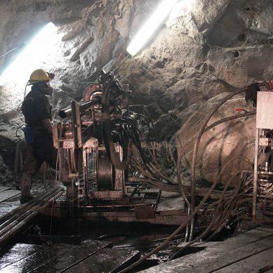 Estudiarán suelo de área próxima a mina El Porvenir para instalación de «futuros componentes»