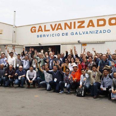 Empresarios del acero galvanizado de la región visitaron planta de Tupemesa