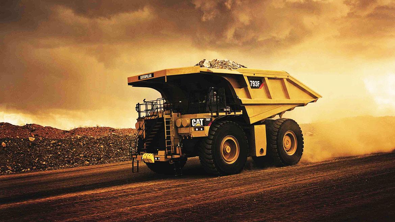 Rio Tinto adquiere 20 camiones autónomos CAT 793F para su mina del futuro