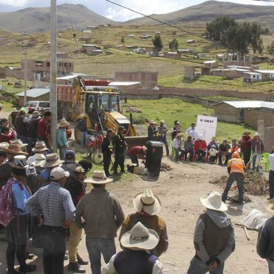 Hudbay Perú invierte S/4.4 millones para pavimentar calles de Livitaca