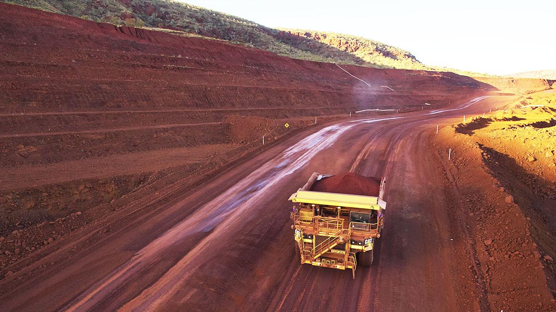 Proesmin sobre Las Bambas: «La población no rechaza la actividad minera. Lo que quiere es beneficiarse con la explotación»