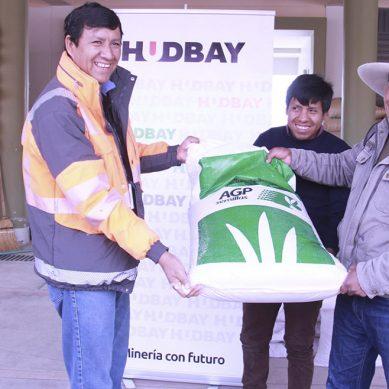 Minera Hudbay Perú entrega 26.3 toneladas de semilla de pastos en Espinar