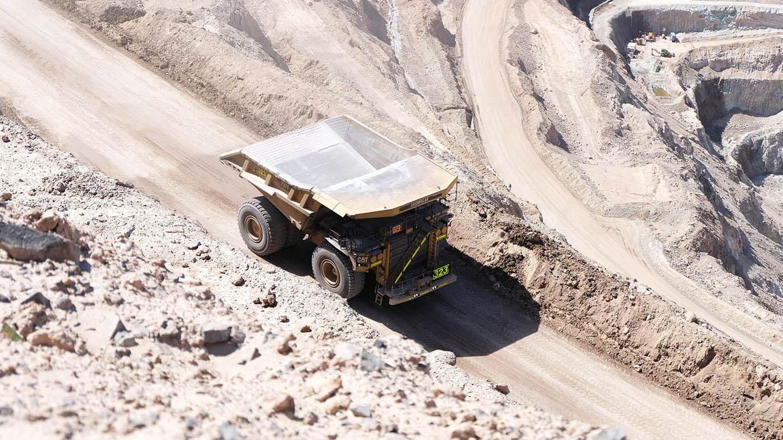 Barrick revalúa proyecto de optimización de US$640 millones en mina Lagunas Norte