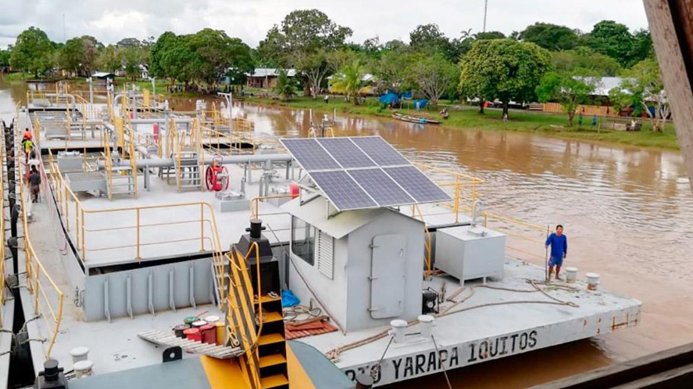 Petroperú: Huelguistas instalan olla común cerca a barcaza repleta de combustible
