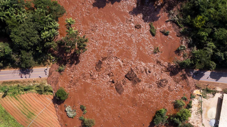 Fiscalía de Brasil acusa a la mayor productora de mineral de hierro de muerte de 270 personas