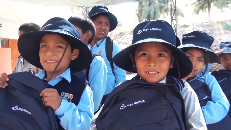 Anglo American entregará más de cinco mil mochilas con útiles para escolares de Moquegua