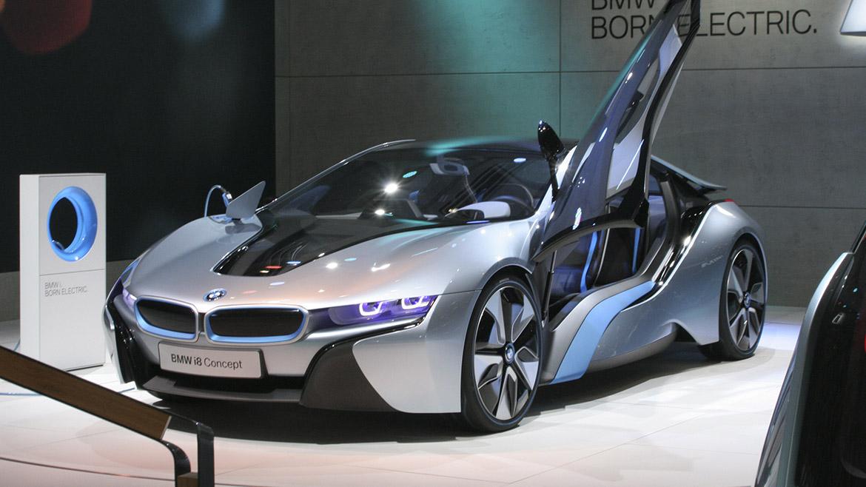 PDAC 2019: BMW i8 se roba el protagonismo en importante feria minera en Canadá