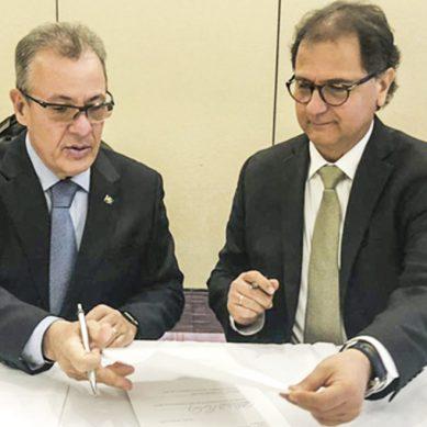 MEM trabaja en «la adecuación del marco normativo» para la explotación de litio y uranio