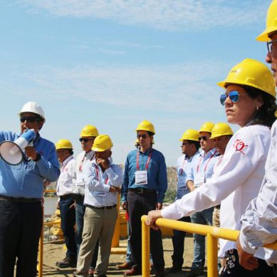 Delegación de propietarios de estaciones de servicio visitan Refinería Talara