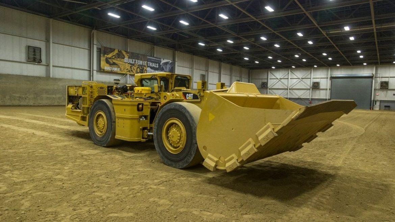 Caterpillar convierte el cargador subterráneo R1700 a eléctrico y lo relanza al mercado