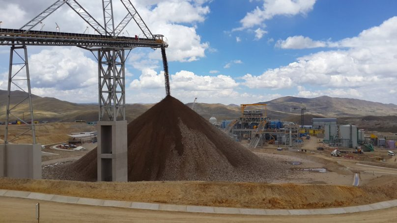 Hudbay alerta acumulación de inventario de cobre en Constancia por bloqueo a Matarani