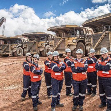 Canadá casi triplica el número de mujeres mineras que hay en el Perú