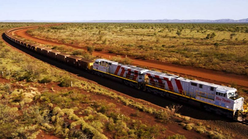 Firman cooperación para ferrocarril que llevará minerales de Apurímac a puerto de Marcona