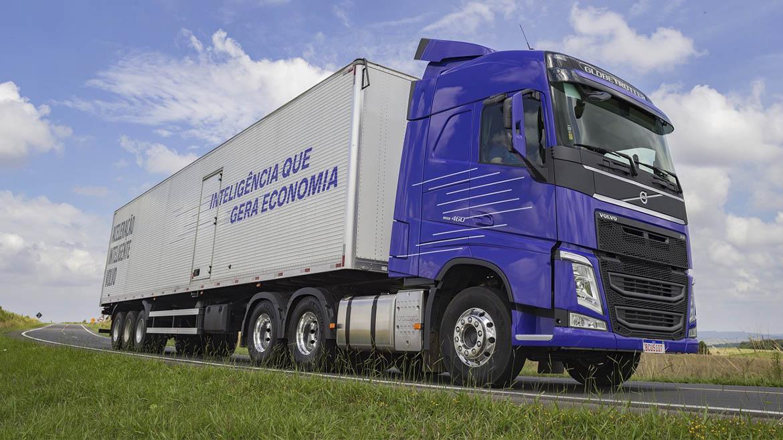 «Aceleración inteligente», el algoritmo de Volvo que reduce consumo de combustibles
