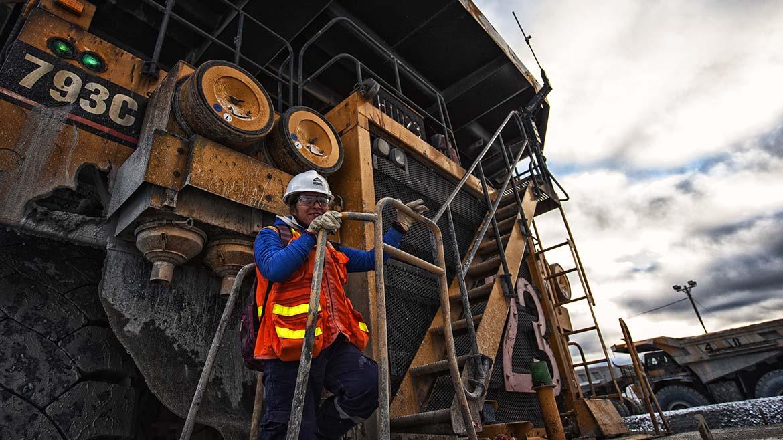 Inversión minera crece 26.5% a mayo y se sitúa en los US$2,084 millones: Minem