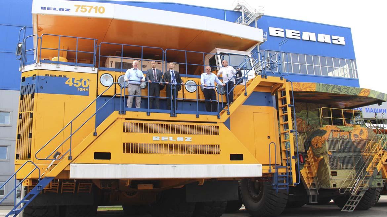 Si venta de camiones mineros llega a 100 al año en Perú, Belaz podría abrir una fábrica en Sudamérica