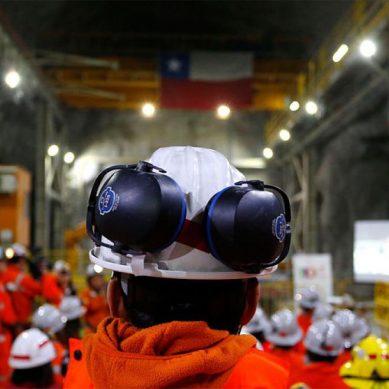 Finaliza huelga minera en Chuquicamata con mejora de contratos colectivos