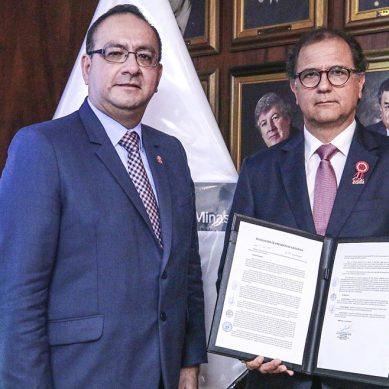 Minem y región Cusco sellan pacto para impulsar proyectos de masificación del gas