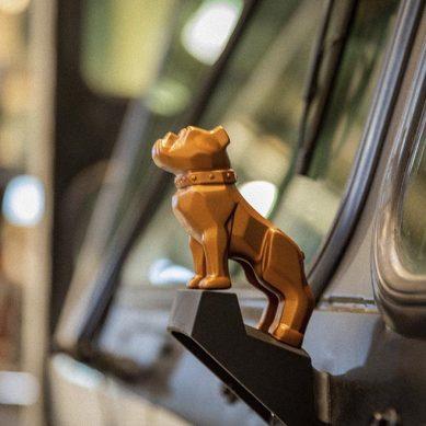 Bulldog de cobre, el nuevo ícono de la electromovilidad de Mack Trucks
