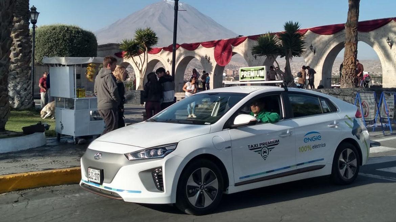 Engie e Integra Perú ponen en circulación primer taxi eléctrico en Arequipa