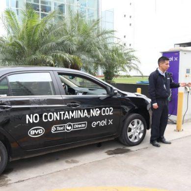 Por seis meses circularán dos taxis eléctricos por Lima y Callao de Enel X, BYD y Taxi Directo