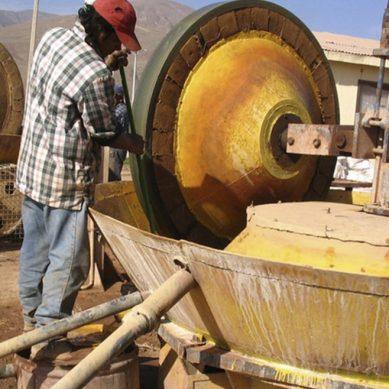 Formalización minera ha tenido avances mínimos en una década: viceministro Augusto Cauti