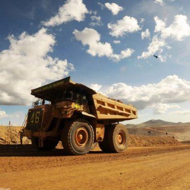 Canadiense paga US$ 750 mil por el oro y plata de mina apurimeña