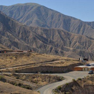 ¿Millonaria inversión en Zafranal podría reducirse? Banco internacional cree que sí