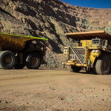 Chile lleva once años de ventaja usando camiones mineros autónomos